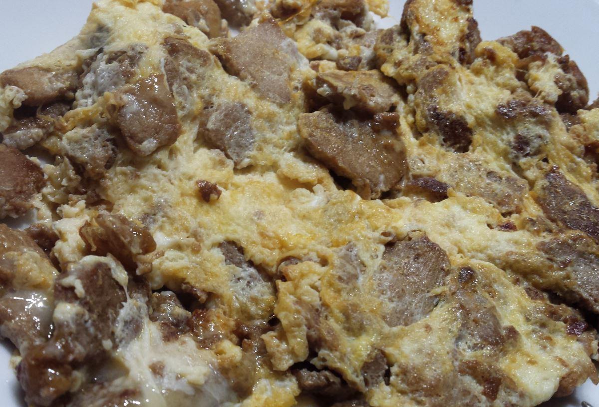 Mageres Wokfleisch mit Rührei